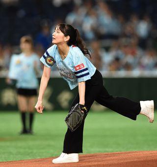 まとめ「始球式」|【西日本スポーツ】