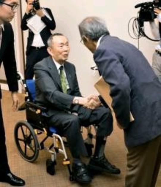 平沼赳夫氏、引退を正式表明 「身を引かざるを得ない」|【西日本新聞 ...