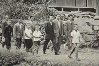 日系人初の米連邦議員・故ダニエル・イノウエ氏 父の古里、八女に ...