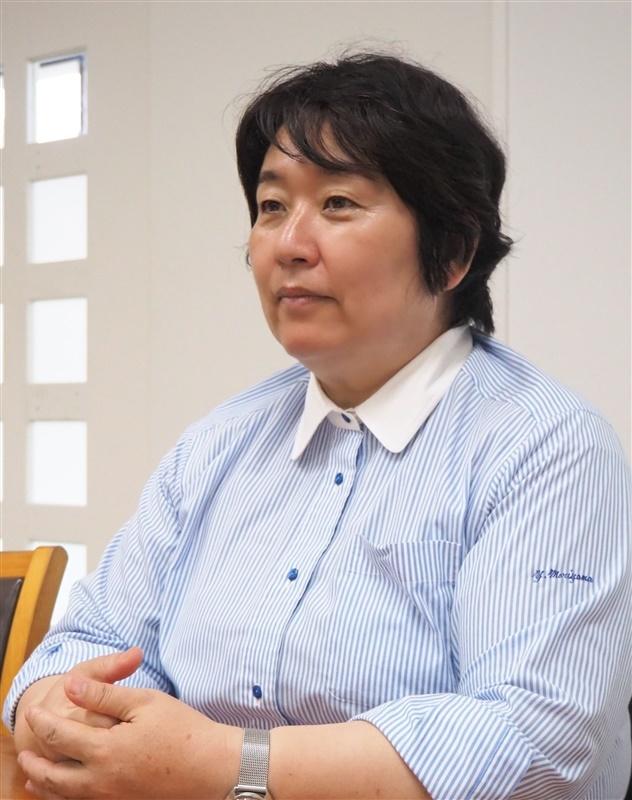 古川真人さんの創作を指導した福岡第一高の森山由実教頭