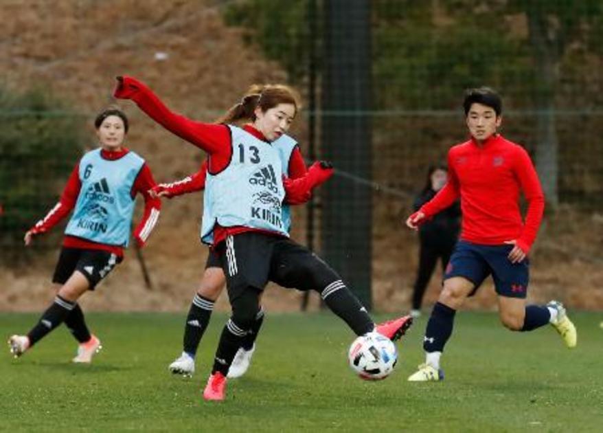 なでしこ、男子高校生相手に練習|【西日本スポーツ】