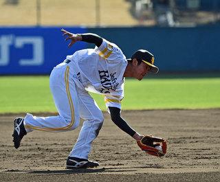 外野手のソフトバンク5位柳町、急きょ三塁特守に参加 森ヘッドが説明 ...