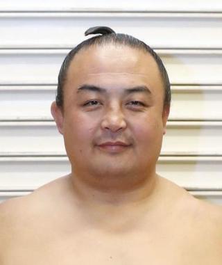 元幕内の蒼国来が引退、荒汐襲名 【西日本スポーツ】