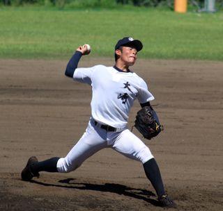中学史上最速」男と投げ合った右腕が成長/注目の高校球児|【西日本 ...