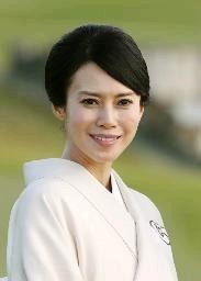 女優の中谷美紀さんが結婚 ドイツのビオラ奏者と|【西日本新聞ニュース】